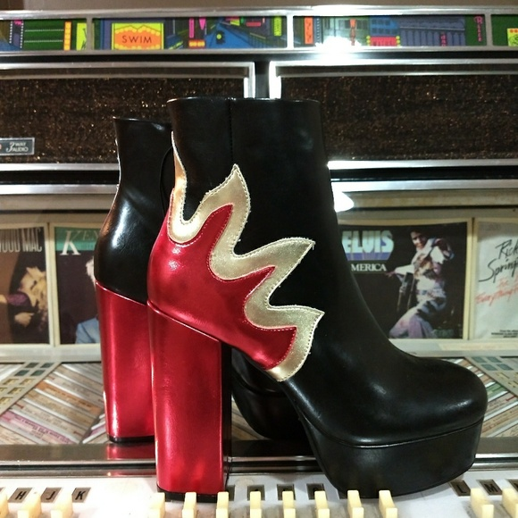 74aa3dfa22ed Forever 21 Shoes - 🆕 ✴️NWOT flame platform boots.